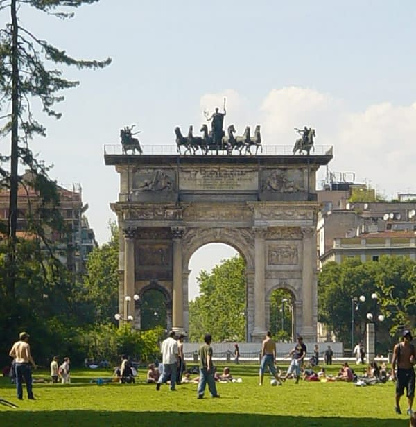 arch of peace milan