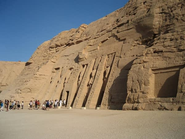 abu simbel from the side