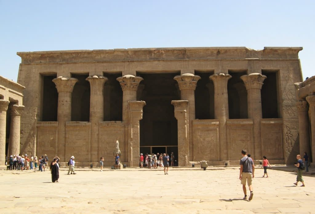 Back of the Court of Offerings, Edfu